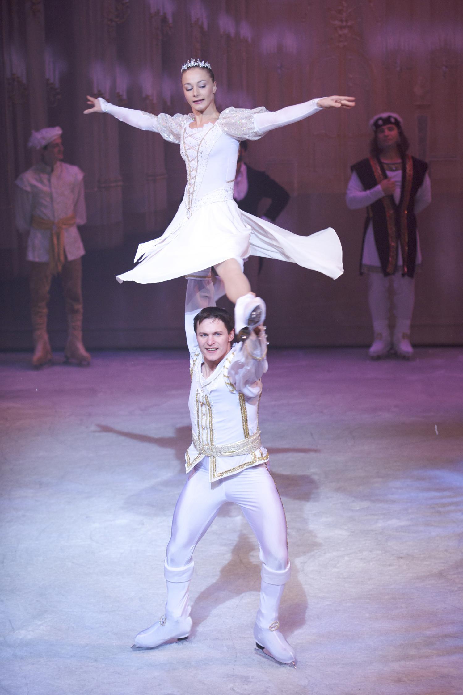 HIRES-IrinaTkachuk&ValdisMintals-SnowWhite&PrinceCharming